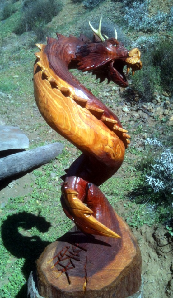 Dragon chainsaw carving related keywords